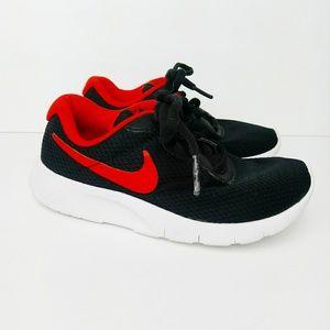 Nike Tanjun Kid's Shoe Sneaker Black Red Size 11